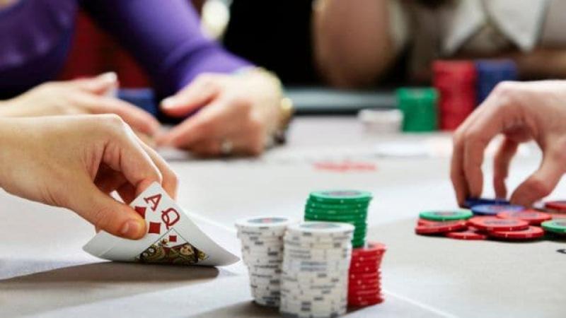 Khi chơi liêng bạn phải biết quản lý và chia ngân sách sao cho phù hợp nhất